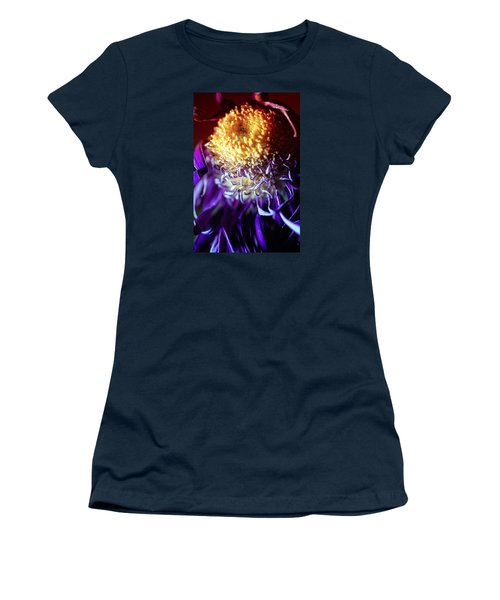 Dying Purple Chrysanthemum Flower Background Women's T-Shirt