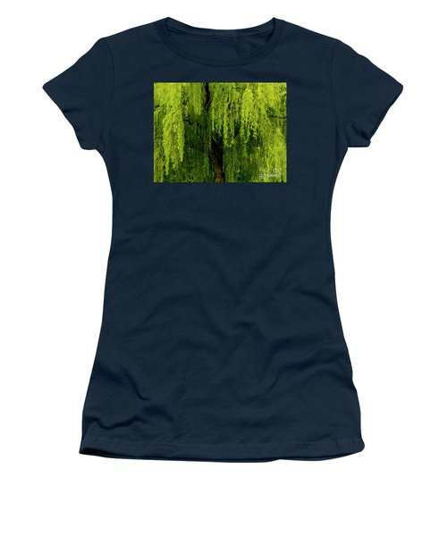 Enchanting Weeping Willow Tree  Women's T-Shirt (Athletic Fit)