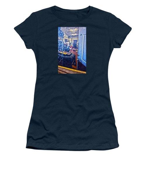 Alley Screen Door Women's T-Shirt