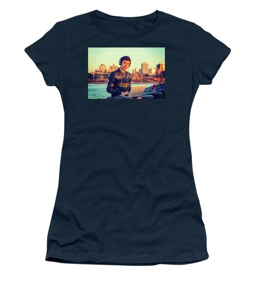 Asian American College Student Traveling, Studying In New York Women's T-Shirt