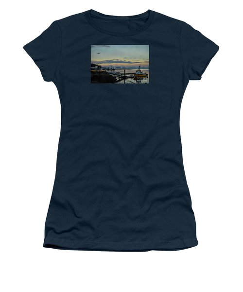 Bay View Women's T-Shirt (Athletic Fit)