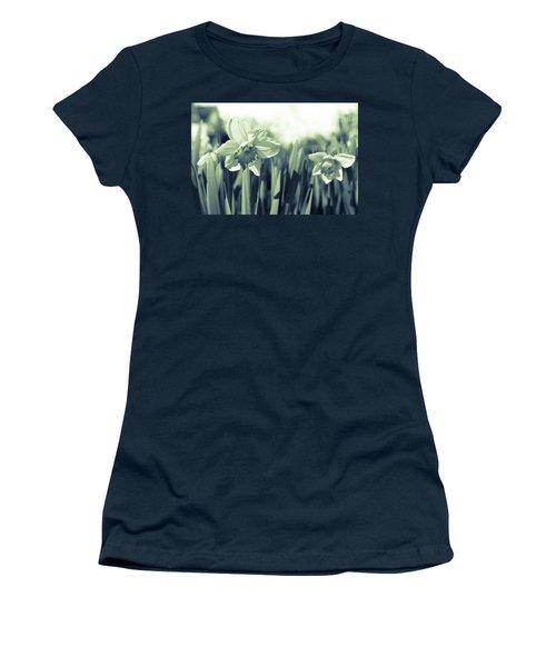Beautiful Daffodil Women's T-Shirt