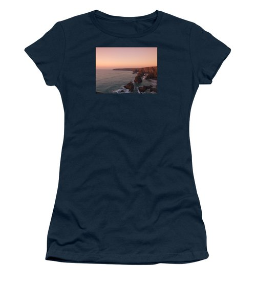 Bedruthan Steps Sunset Women's T-Shirt (Athletic Fit)