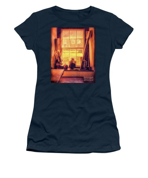 Bread In The Window Women's T-Shirt
