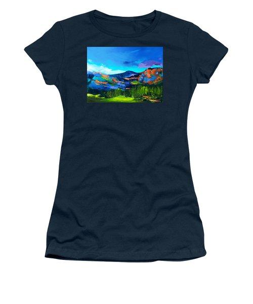 Colorado Hills Women's T-Shirt (Athletic Fit)