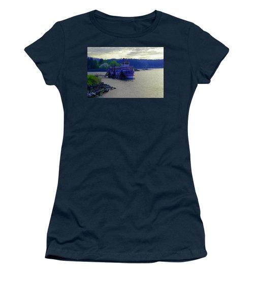 Columbia Gorge At Dock In Cascade Locks  Women's T-Shirt
