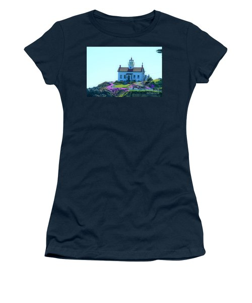 Crescent City Lighthouse Women's T-Shirt (Athletic Fit)