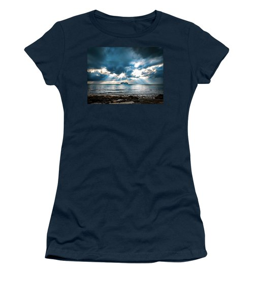 Cruise In Paradise Women's T-Shirt