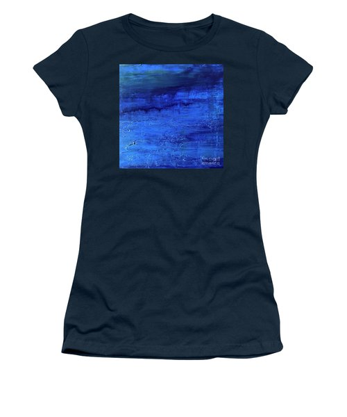 Darkness Descending Women's T-Shirt