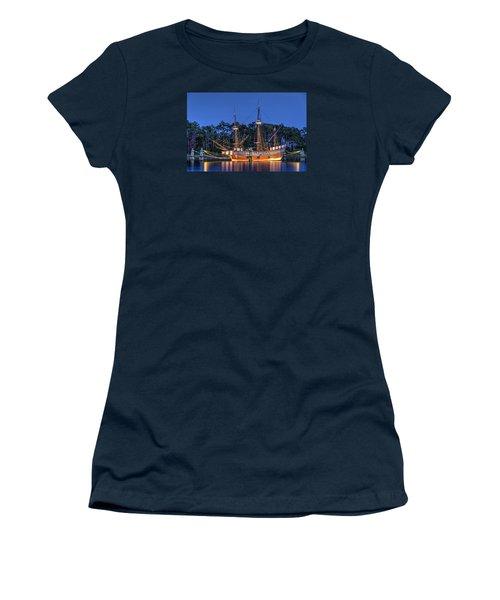 Elizabeth II At Dock Women's T-Shirt (Junior Cut) by Greg Reed