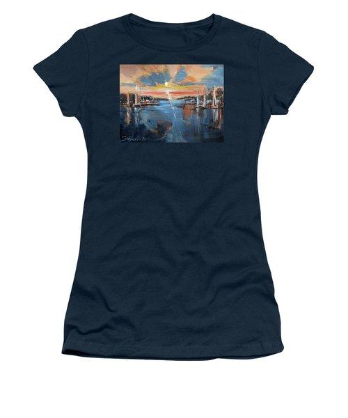 Fading Day Vi Women's T-Shirt