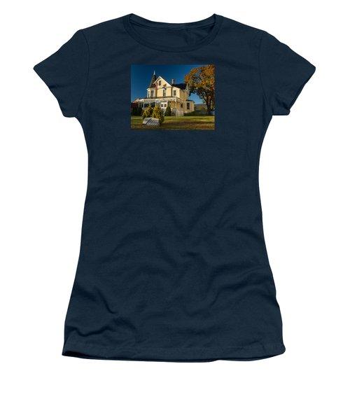 Gibson Woodbury House North Conway Women's T-Shirt (Junior Cut) by Nancy De Flon