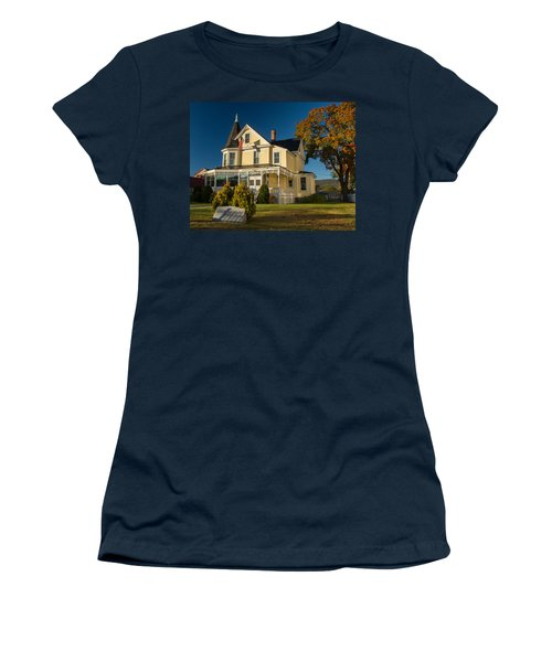 Gibson Woodbury House North Conway Women's T-Shirt