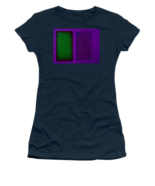 Green On Magenta Women's T-Shirt