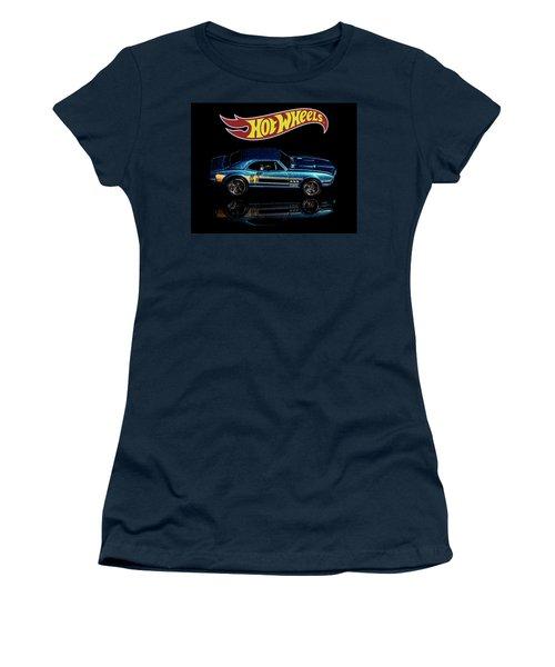 Hot Wheels '67 Pontiac Firebird 400-1 Women's T-Shirt