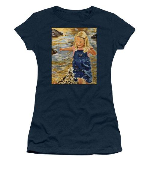 Kate Splashing Women's T-Shirt (Athletic Fit)