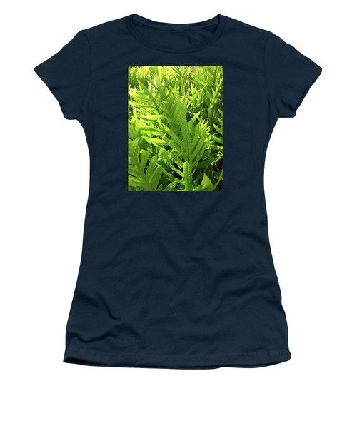 Lauae Fern Women's T-Shirt (Athletic Fit)