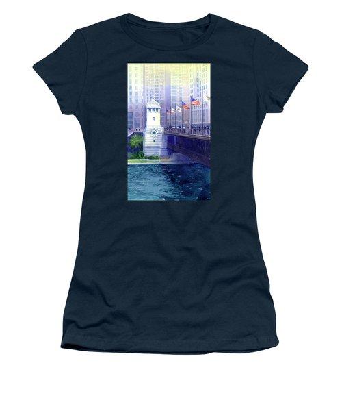 Michigan Avenue Bridge Women's T-Shirt (Athletic Fit)