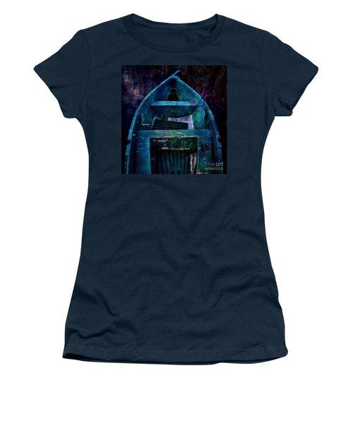 Momentarium Women's T-Shirt (Athletic Fit)