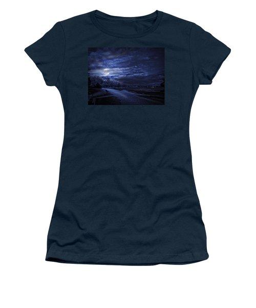 Moonrise Over Pymatuning Lake Women's T-Shirt (Athletic Fit)