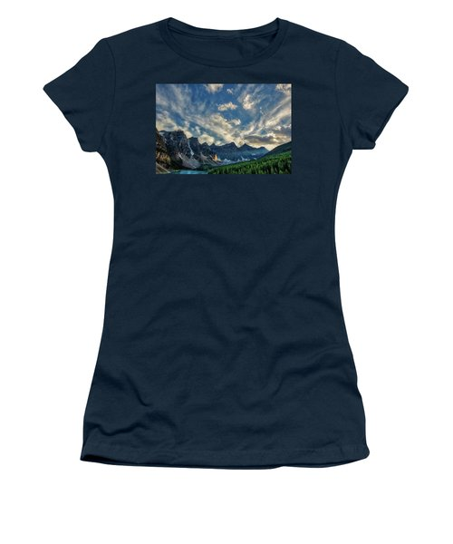 Moraine Lake Sunset - Golden Rays Women's T-Shirt (Athletic Fit)