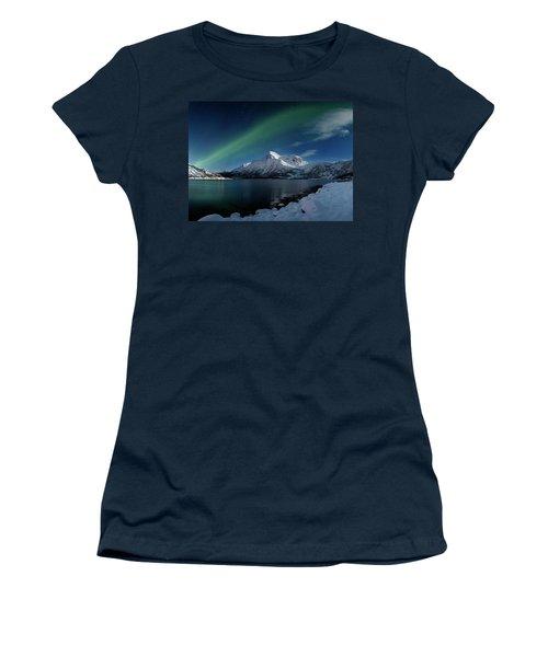 Mt Stortinden Women's T-Shirt (Athletic Fit)