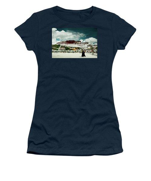 Potala Palace. Lhasa, Tibet. Yantra.lv Women's T-Shirt