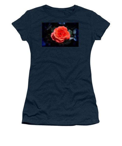 Red Rose Art Women's T-Shirt