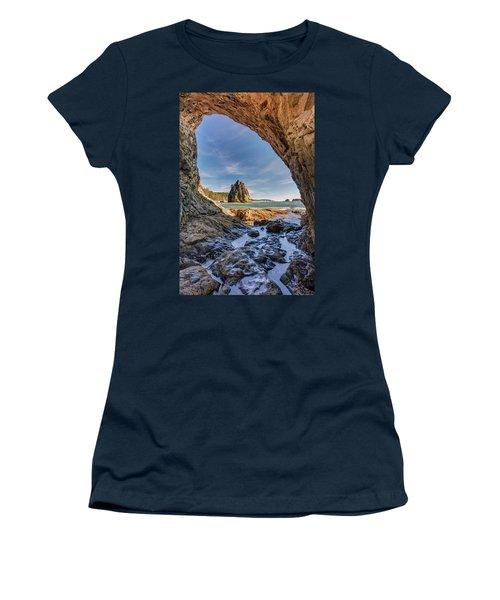 Rialto Beach Sea Arch Women's T-Shirt