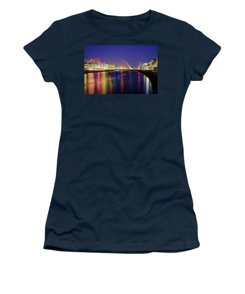 River Liffey In Dublin At Dusk Women's T-Shirt