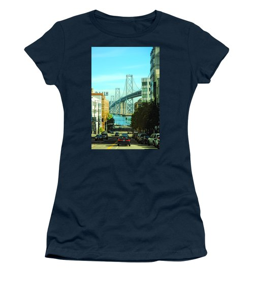 San Francisco Street Women's T-Shirt (Athletic Fit)