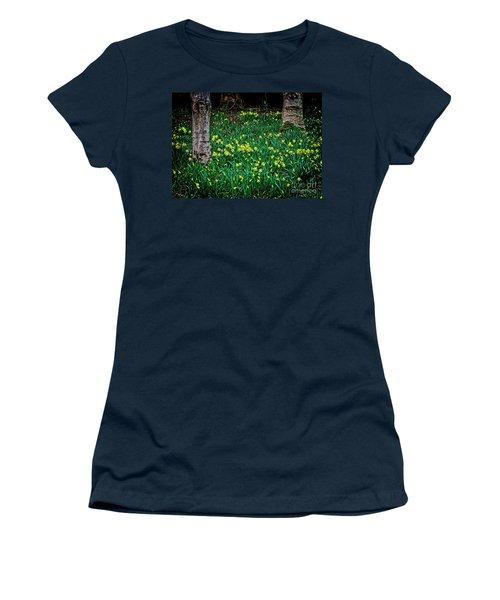 Spring Daffoldils Women's T-Shirt