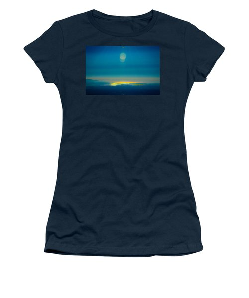 Sun Going Down On The Sound Women's T-Shirt (Athletic Fit)