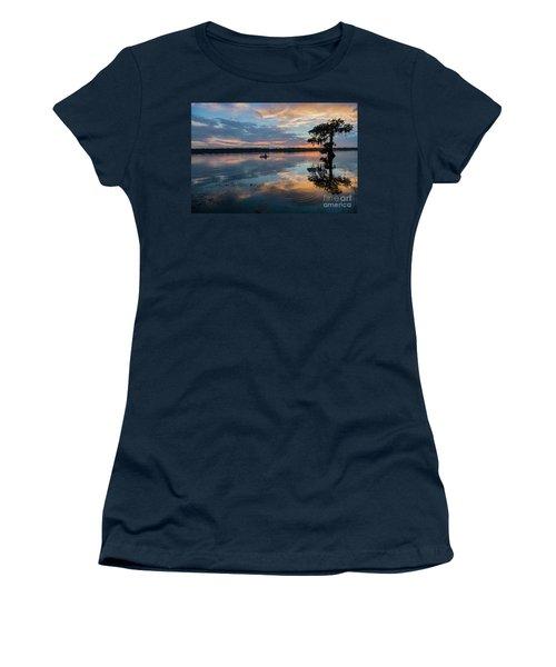 Sundown Kayaking At Lake Martin Louisiana Women's T-Shirt (Junior Cut) by Bonnie Barry