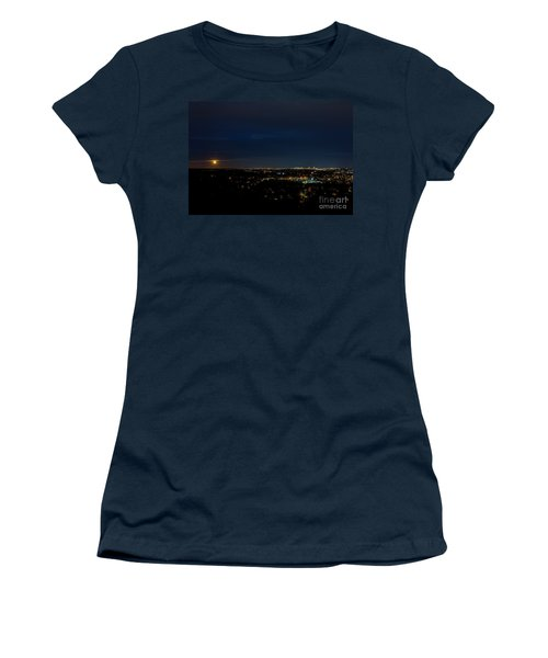 Super Moon 2016 Rises Over Boston Massachusetts Women's T-Shirt (Athletic Fit)