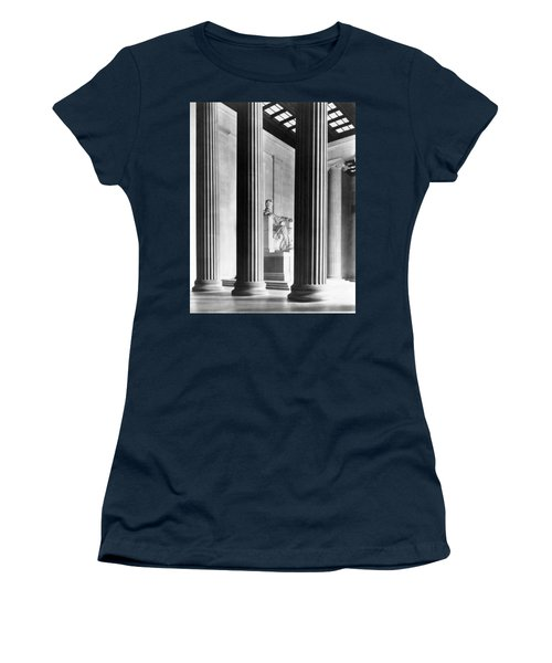 The Lincoln Memorial Women's T-Shirt