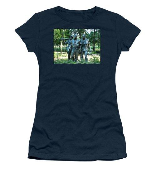 Vietnam War Memorial Statue Women's T-Shirt (Junior Cut) by Daniel Hebard