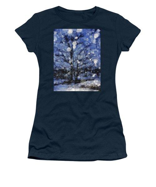 Winter Storm Women's T-Shirt