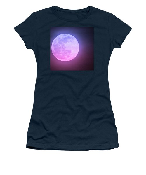 Cancer Super Wolf Blood Moon Near Eclipse Women's T-Shirt