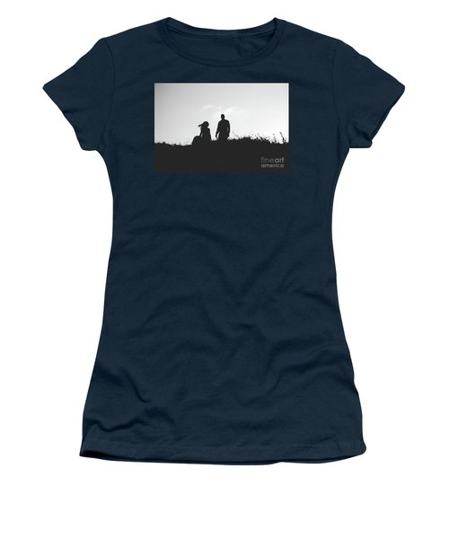 Silhouette Of Couple In Love With Wedding Couple On Top Of A Hill Women's T-Shirt