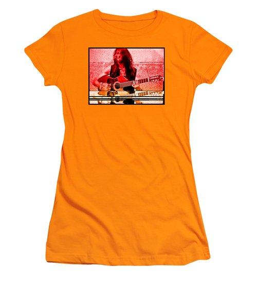 Estas Tonne Women's T-Shirt (Athletic Fit)