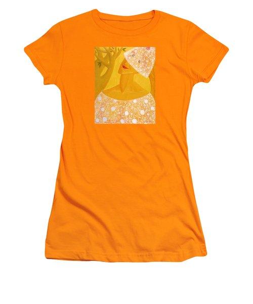 A Bride Women's T-Shirt (Athletic Fit)