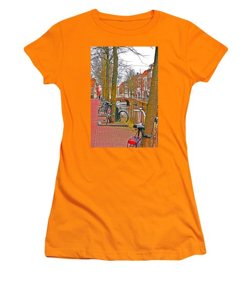 Bikes And Canals Women's T-Shirt (Athletic Fit)