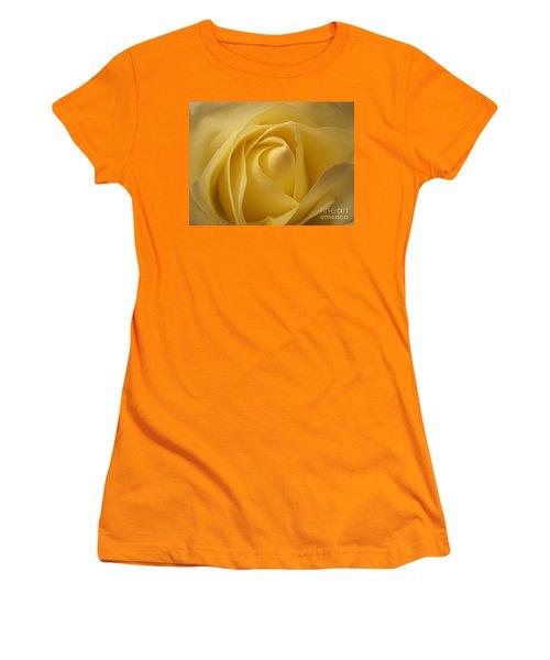 Blushing Cream Rose  Women's T-Shirt (Athletic Fit)
