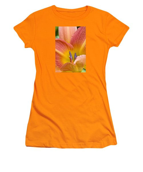 Day Lily  3 Women's T-Shirt (Athletic Fit)