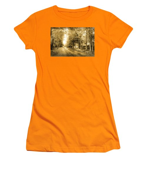 Elkmont Ghost Town Women's T-Shirt (Athletic Fit)