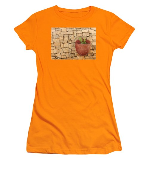 Hanging In There Women's T-Shirt (Athletic Fit)