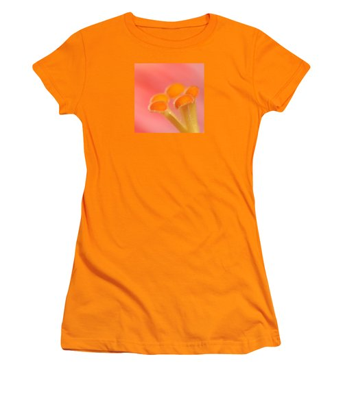 Hibiscus Center Macro Women's T-Shirt (Junior Cut) by Chris Anderson
