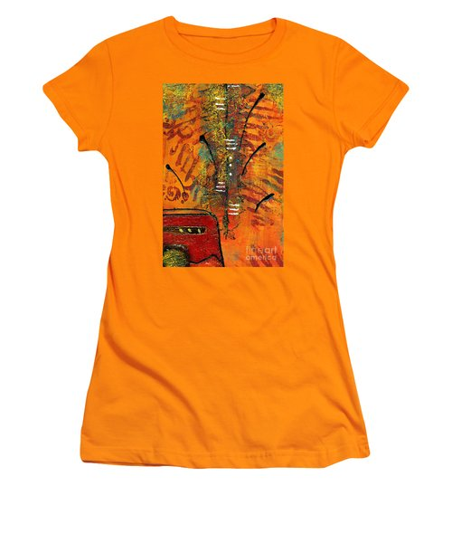 His Vase Women's T-Shirt (Athletic Fit)