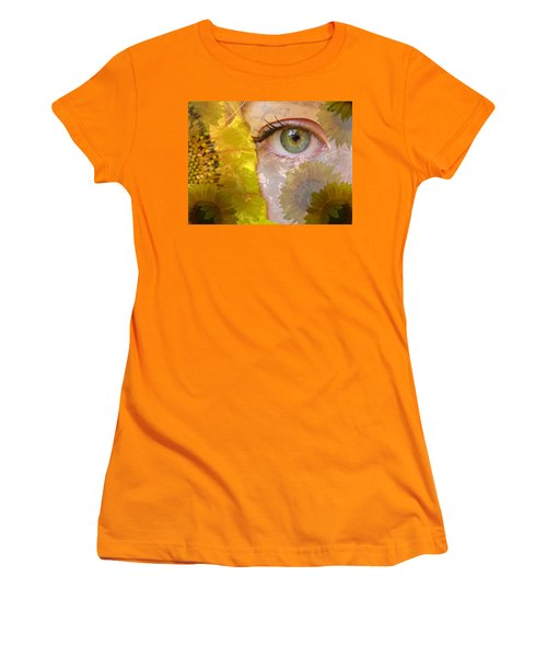 I See Sunflowers Women's T-Shirt (Athletic Fit)